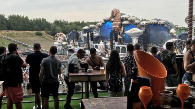 Tomorrowland メインステージ  コンフォートエリア